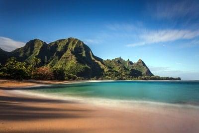 Der paradiesische Makua Beach (auch bekannt als Tunnels Beach)