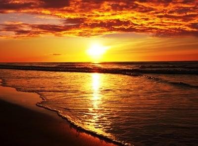 Hawaii bietet wunderschöne Sonnenuntergänge